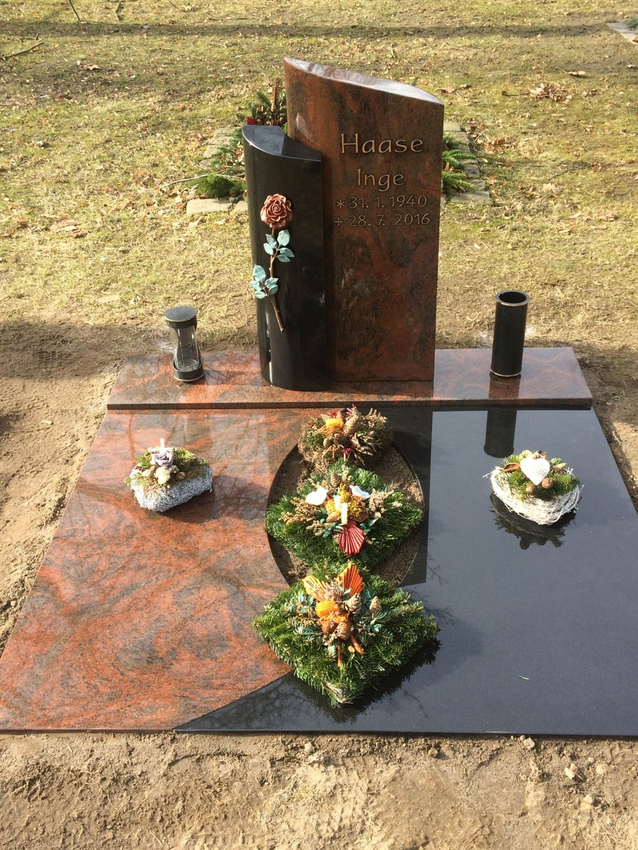 zweiteilige Urnenanlage